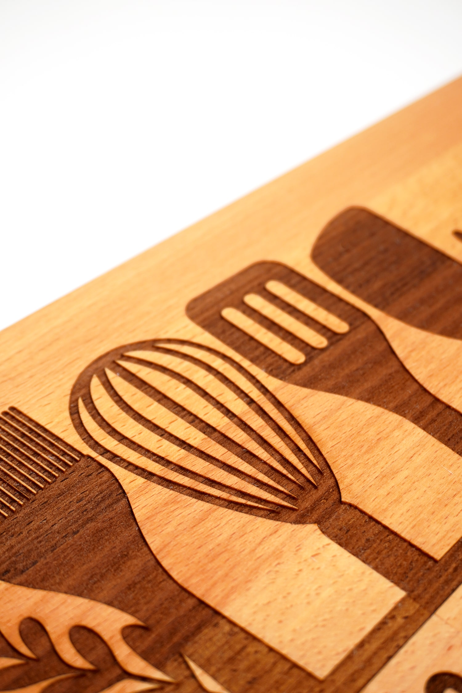 Close up detail of Glowforge engraved cutting board
