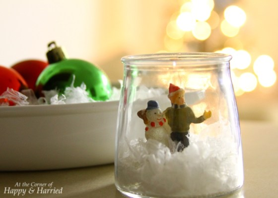 Christmas Vignette - Open Snow Globe