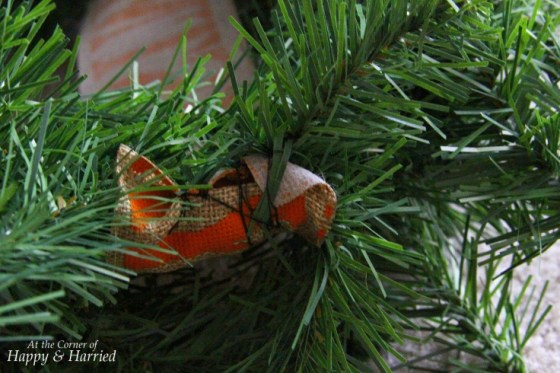 Fix Burlap Ribbon On Wreath