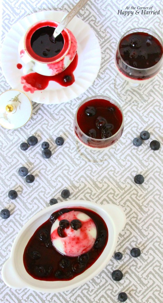 Tapioca Pearl Pudding With Blueberry Sauce