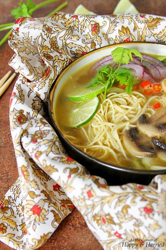 Vietnamese Pho-Inspired Asian Noodle Soup (With Chicken And Vegetables)