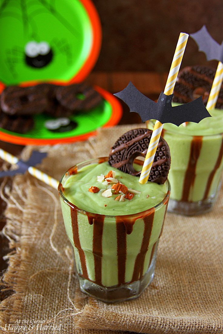 Halloween Green Monster Shake (Healthy Avocado-Banana-Almond Shake)