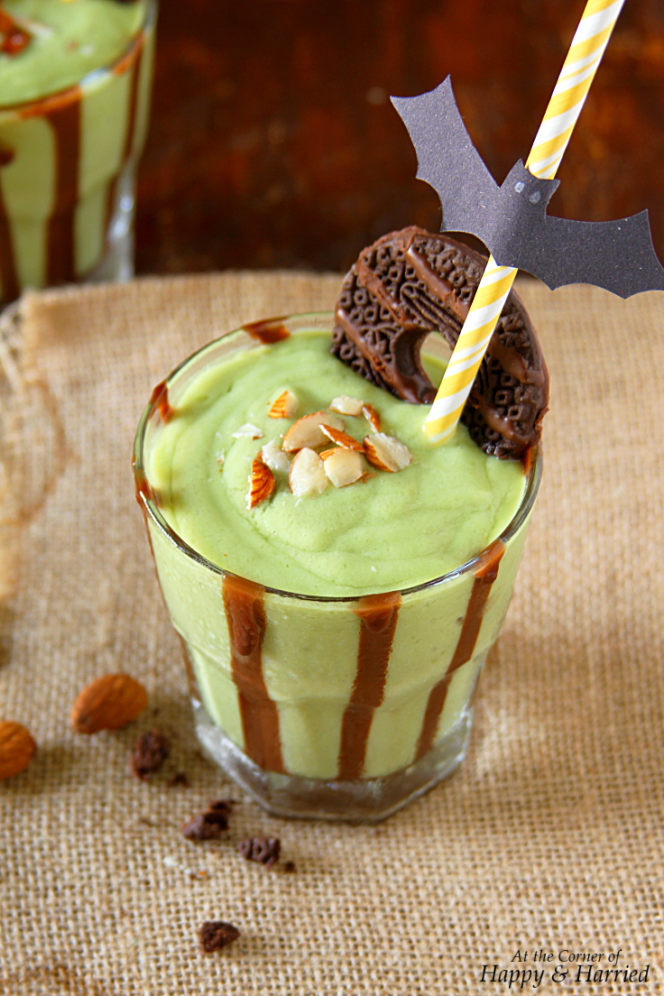 Halloween Green Monster Shake (Healthy Avocado-Banana-Almond Smoothie)