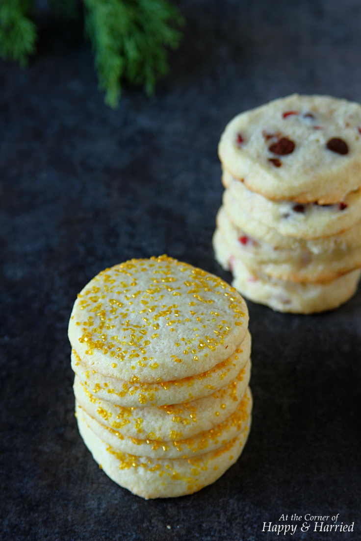 SOFT & CHEWY VANILLA SUGAR COOKIES WITH GOLDEN SUGAR SPRINKLES