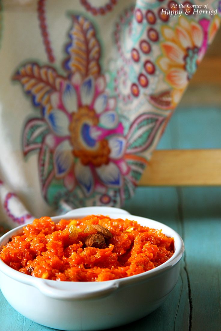 Carrot Halwa (A Rich Indian Carrot Pudding)