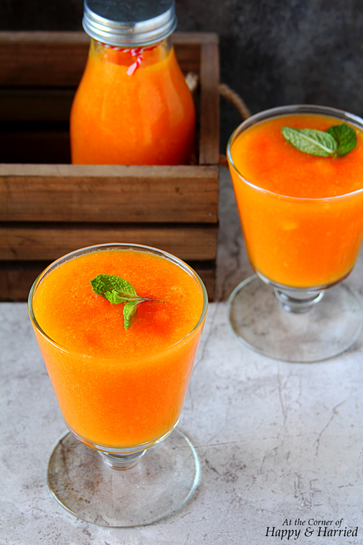 Papaya, Orange And Turmeric Smoothie