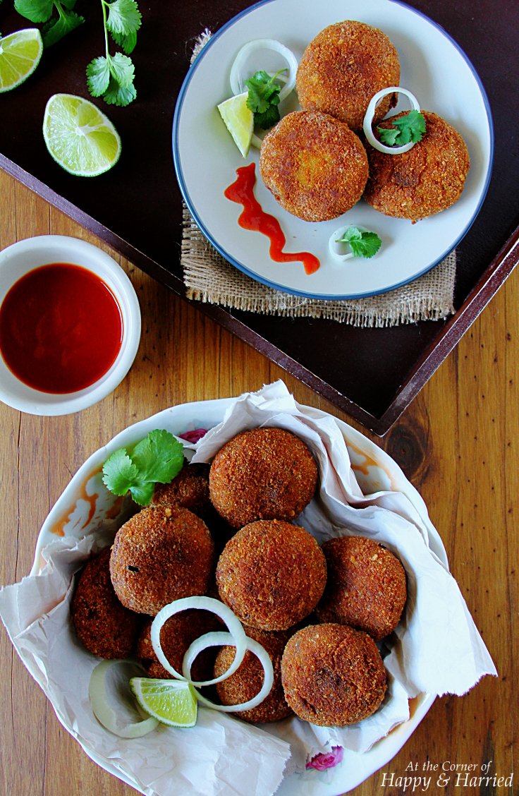 CHICKEN CUTLETS OR CHOPS {Indian chicken croquettes}