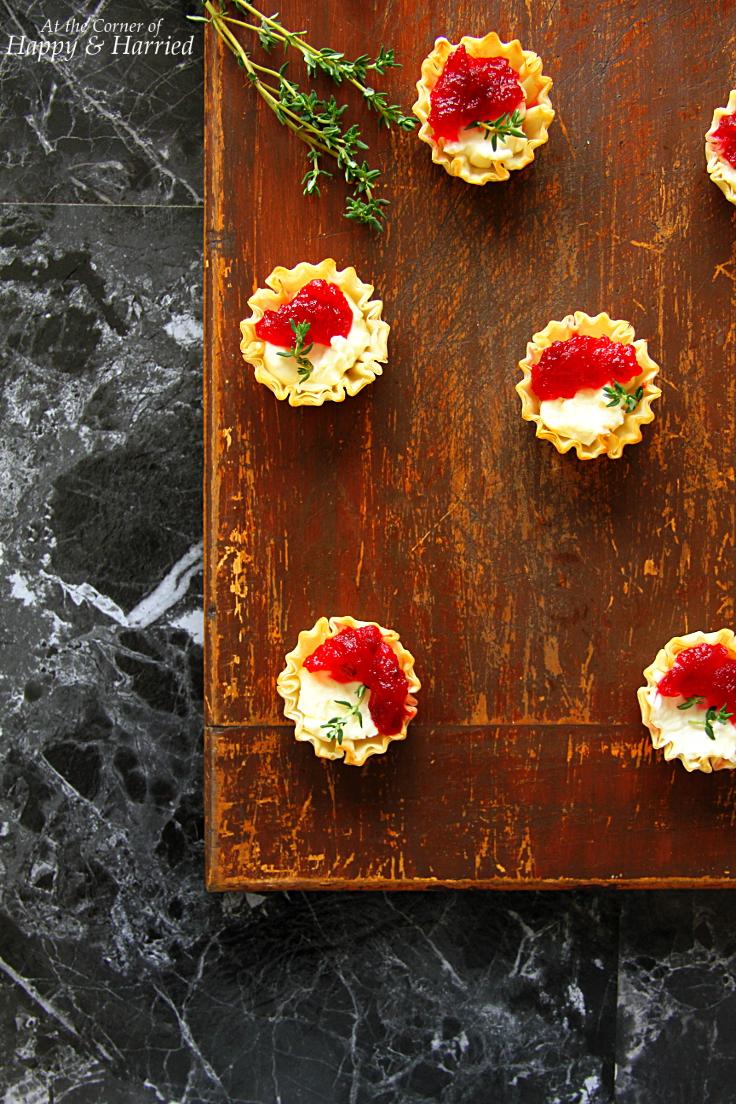 Cranberry & Cream Cheese Mini Phyllo Bites {Christmas ...