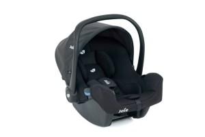 """Die preisgünstige Babyschale """"i-Snug"""" von Joie erhielt eine gute Gesamtnote von """"1,7""""."""