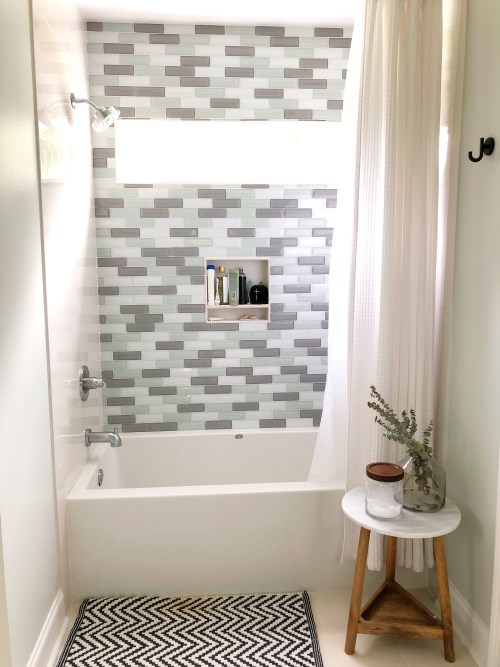 My favorite part of the whole addition, the tiled wall in the bathroom!