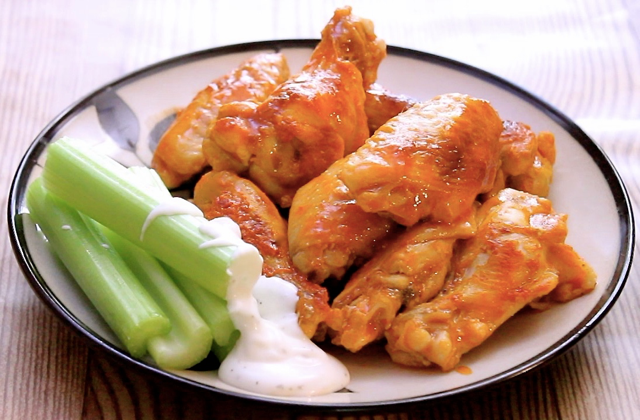 pressure-cooker-buffalo-wings