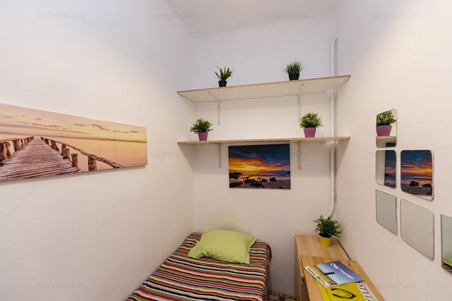 Anuncio piso compartido Barcelona habitación para una persona Eixample