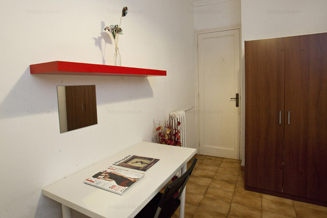 Residencia universitaria buen rollo Barcelona Happy casa