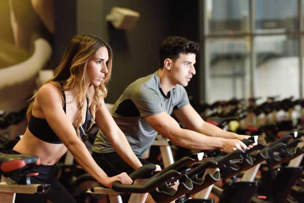 Attributions en matière d'activités physiques ou sportives dans les entreprises d'au moins cinquante salariés :