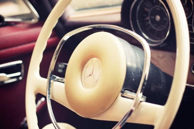 Idée balade insolite à Paris en voiture de collection