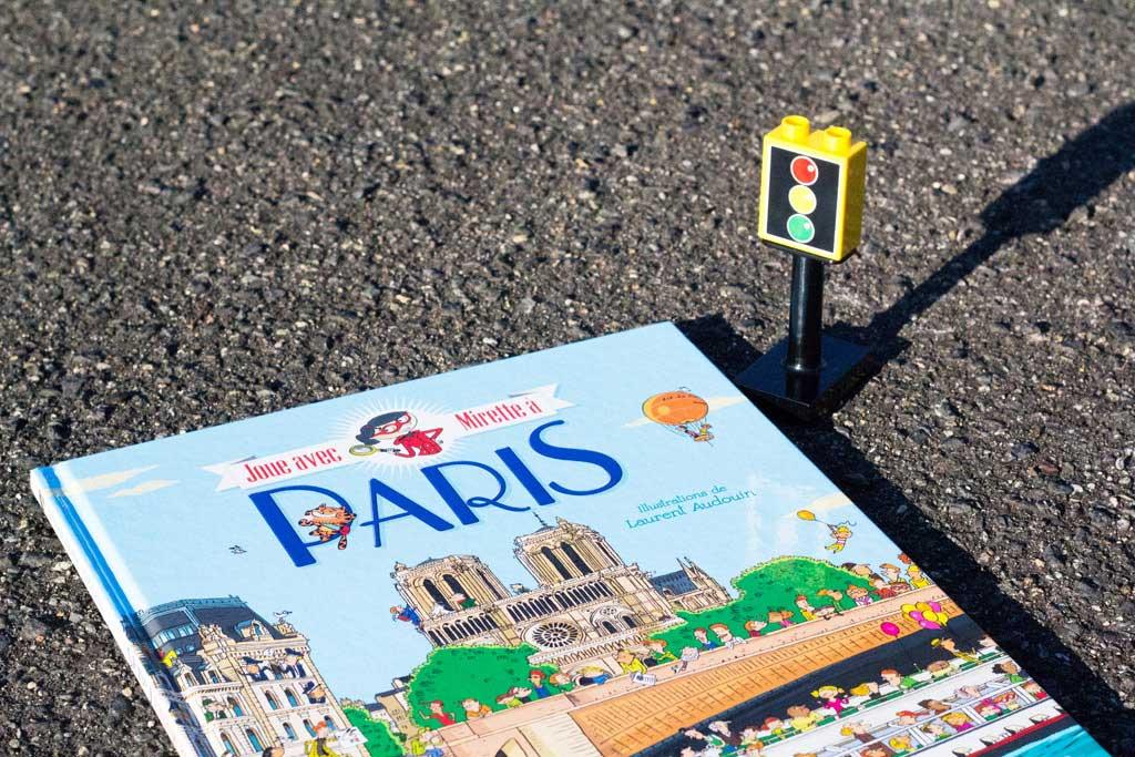 Livres jeunesse sur Paris