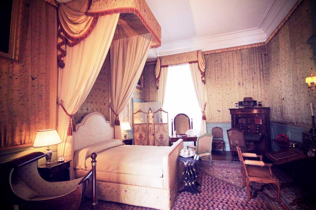 Chateau-Cheverny-05