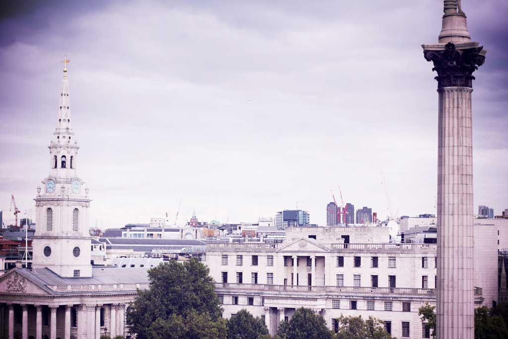 Rooftop Vista at the Trafalgar - Londres