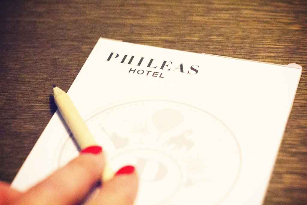 HOTEL-PHILEAS-1024x680-15