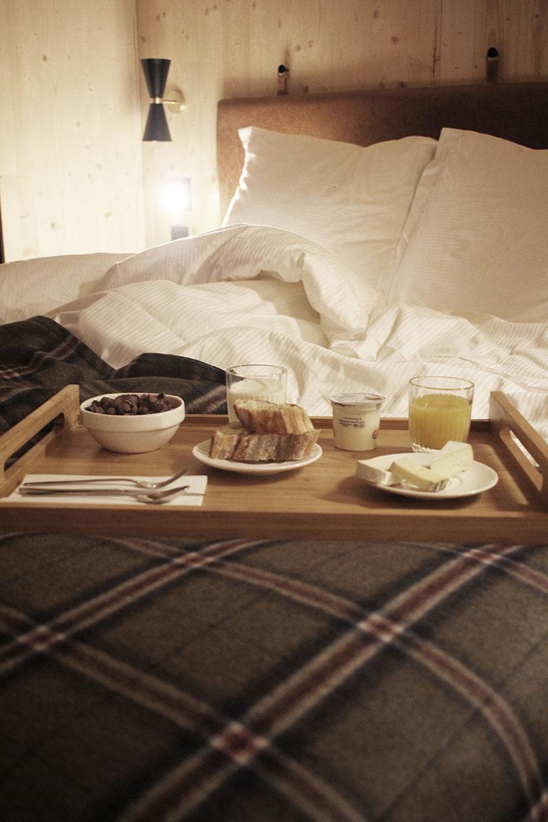 Petit déjeuner en room service à l'hôtel St-Alban