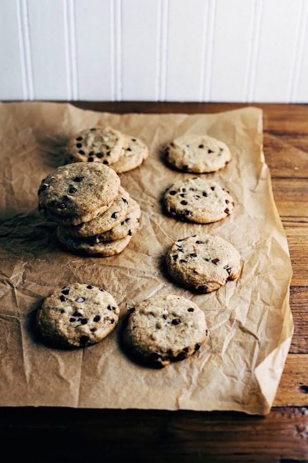 almond flour and spelt chocolate chip cookie recipe