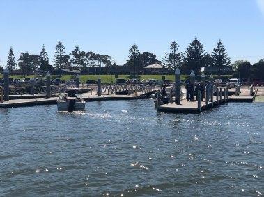 2019-sep-18-happy-fisherman-fishing-port-phillip-bay-mud-island03