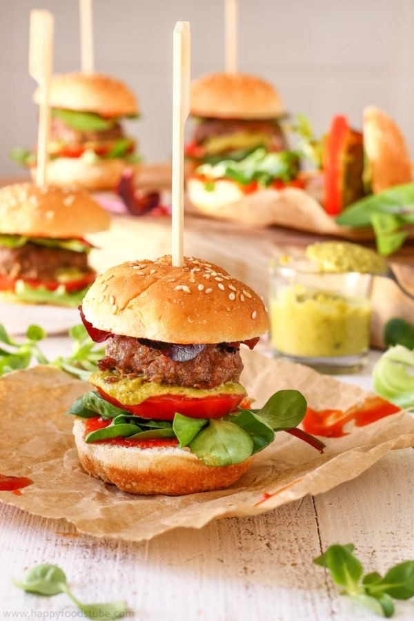Sweet-Chili-Pesto-Burger-Sliders-Recipe