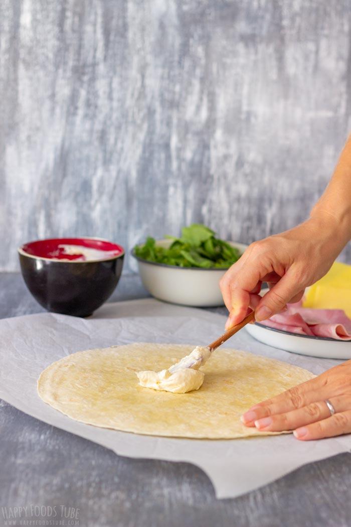 How to make Ham and Cheese Pinwheels Step 1
