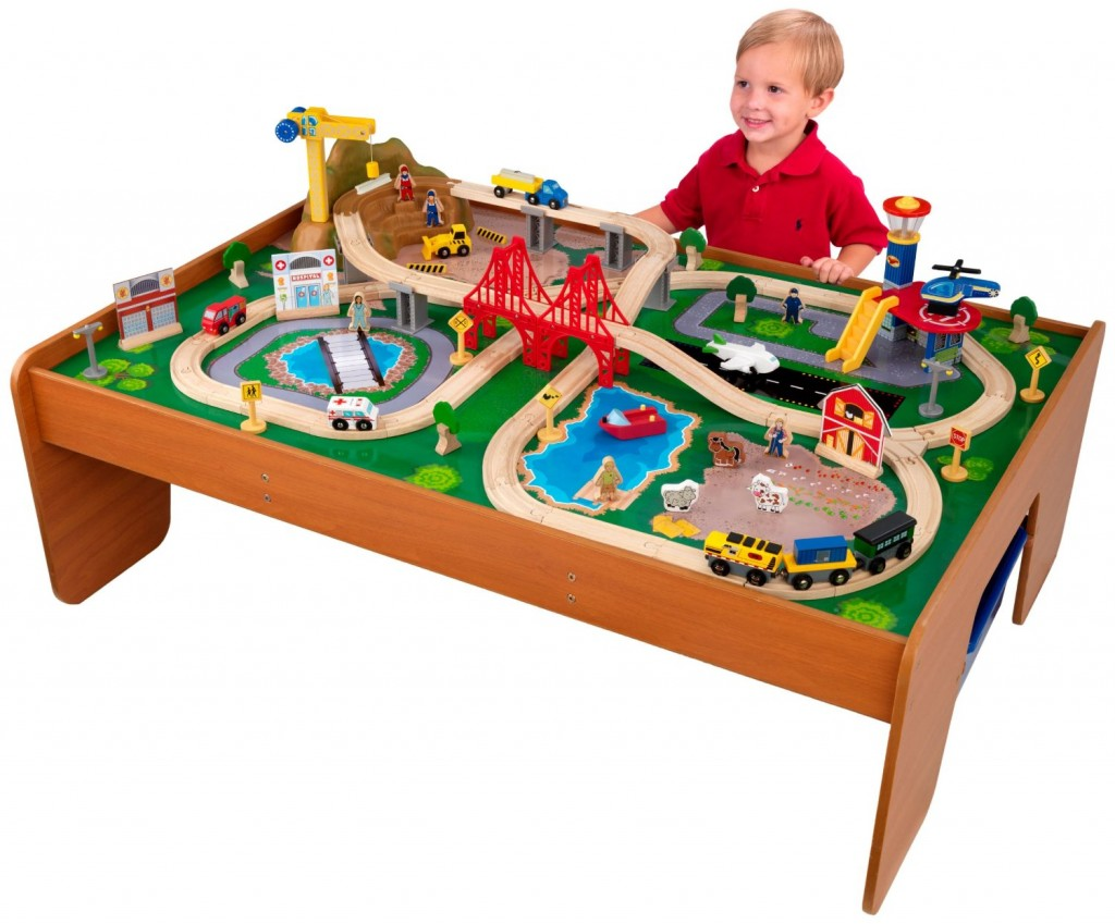 thomas the train table and chairs cute room most fun birthday christmas gifts for 5 year old boys