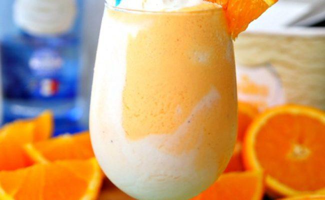 Delicious Boozy Orange Creamsicle Float Cocktail Recipe