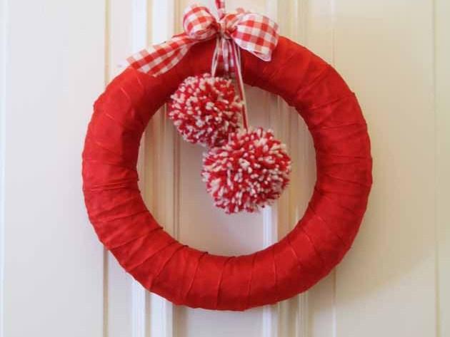 Türkranz für Weihnachten mit Pompoms by happyhomeblog.de