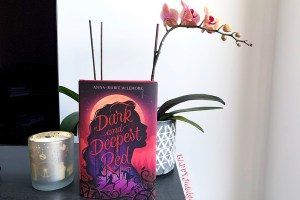 Dark and Deepest Red Review: Magical and Mesmerising