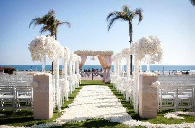 Outdoor Beach Wedding Venues