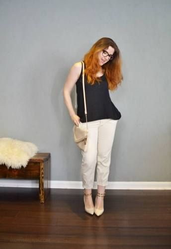 summer capsule wardrobe challenge. black and cream capris