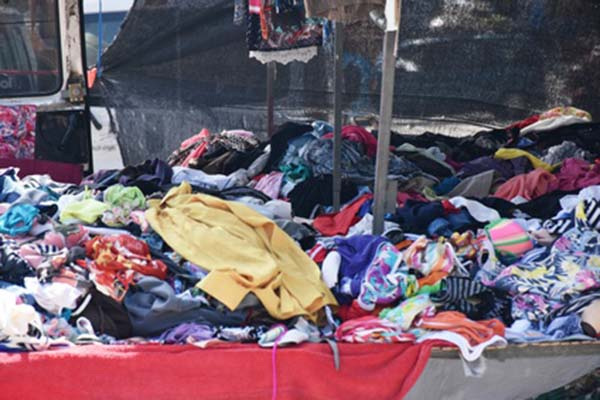 consign your gently used clothes and buy second hand