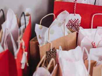 Make a reasonable Christmas budget to survive Christmas on a budget this year.