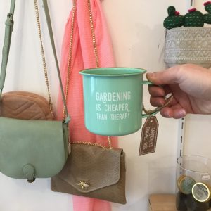 Tasse gardening is cheaper than therapy vert pastel Happy Sisyphe Boutique Lyon
