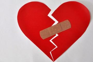 Dealign with a broken heart after breakup
