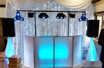 Barnutopia - Wedding Fayre - Star-lit Wedding Backdrop - Happy Sounds Mobile Disco