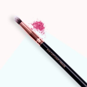 Eye Catching Crease - MOTD Cosmetics Vegan Makeup Brushes