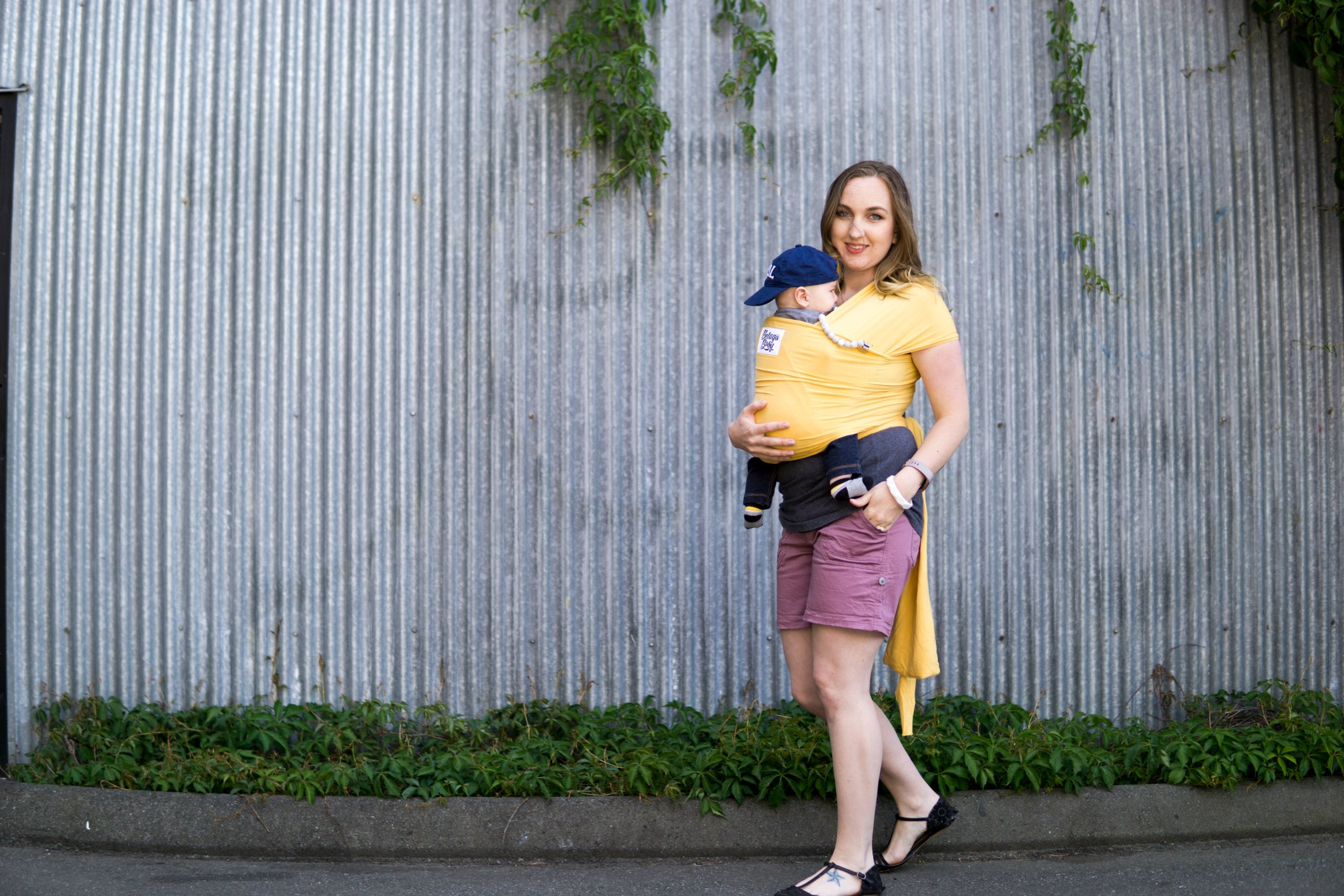 Babywearing Stretchy Baby Wrap Review Moby Boba And Baby Beluga