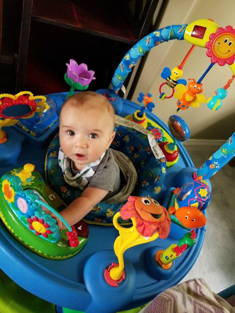 There's so many fun things for your 3 - 6 month old baby to play with on a great exersaucer like the evenflo triple the fun exersaucer.
