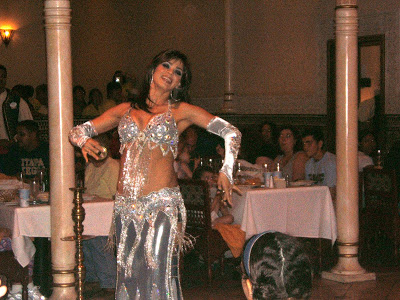 Belly dancer at Restaurant Marrakesh