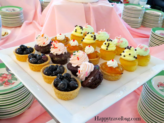 cupcakes and fruit tarts