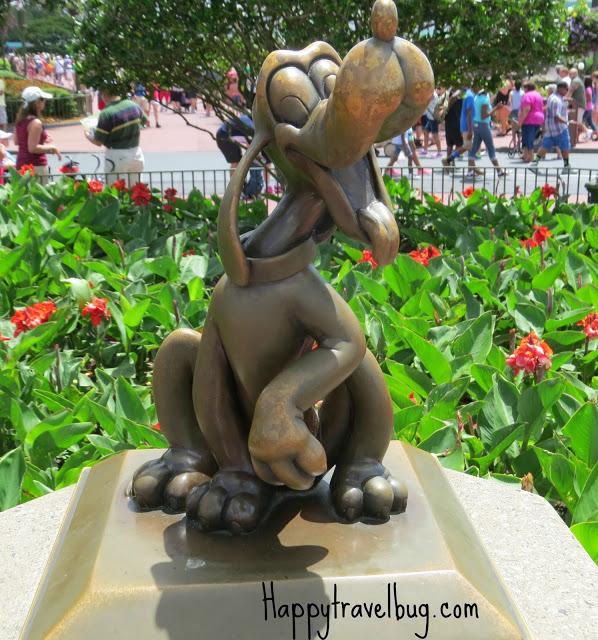 Pluto the dog sculpture at Disney World