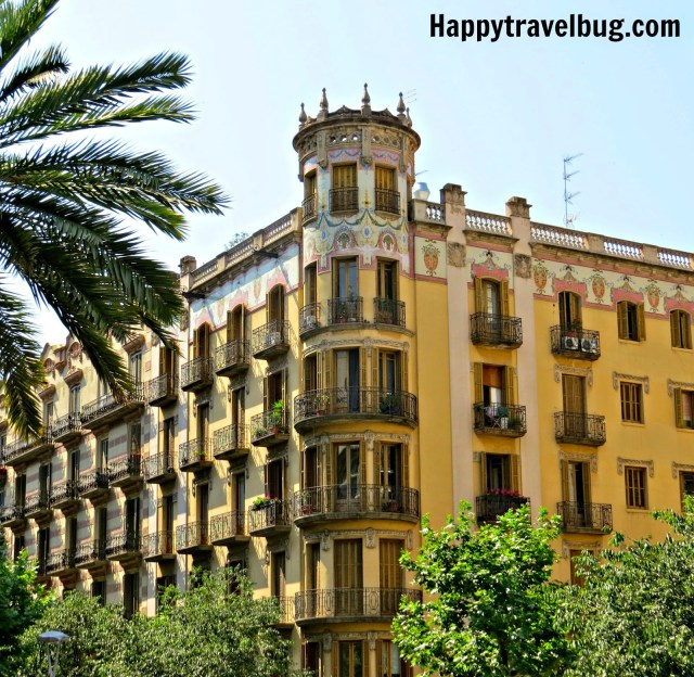 Building in Barcelona, Spain with beautiful balconies