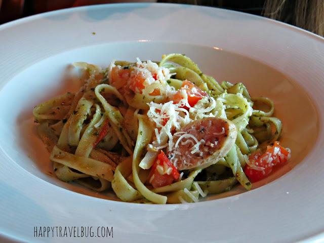 Pesto fettuccine with Italian sausage