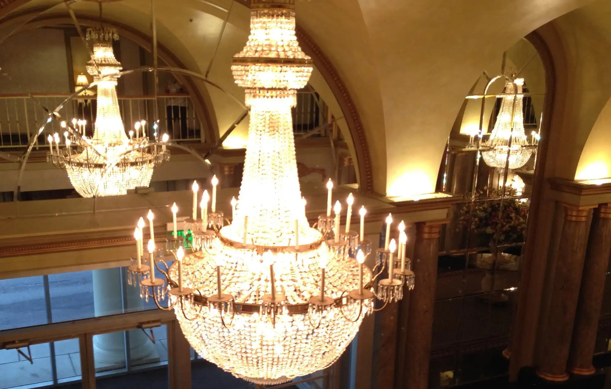 How Much Does An Electrician Charge To Install A Chandelier