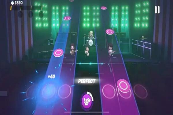 Queen Rock Tour Game Play