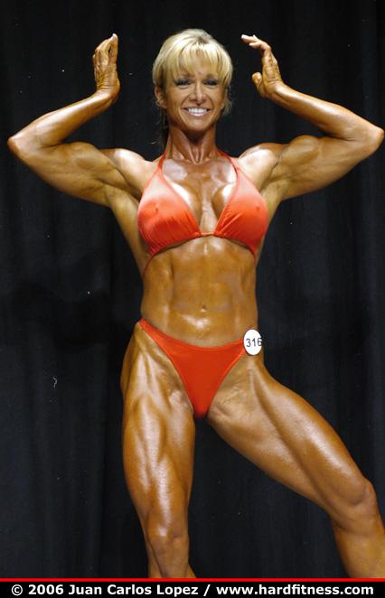 Holly Nicholson  prejudging  2006 USAs Figure and